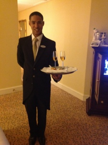 Complimentary evening hors d'oeurves at the hotel