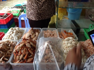 Fresh crabmeat, shrimp meat
