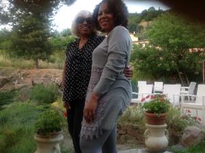 Queen Kat & Diva Sue
