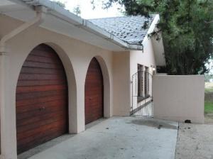 Madiba House Entrance