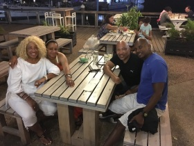 Dinner at LuLu's Bar with Cousins Darryl, Van and Alisha