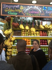 Our culinary expert explaining over 20 fruits