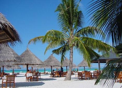 Chillin at Sun Island Resort