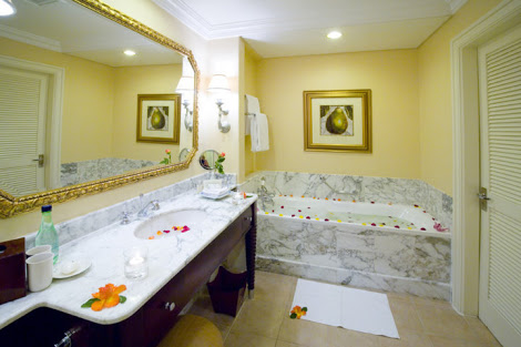 Luxurious Bathroom at Table Bay Hotel