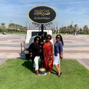 Maryetta, Dana, Katrina in front of the Sheik's Palace