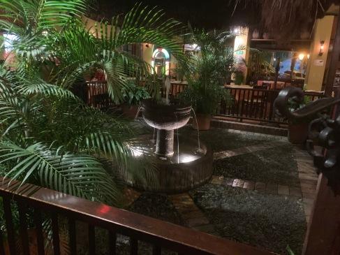 Interior Hatoviejo Palmas Restaurant