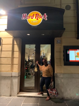 Briana at Hard Rock, Rome